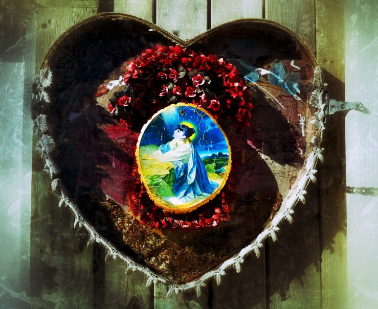 alleyway heart
