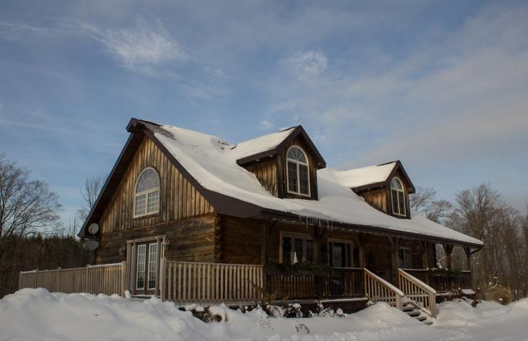 log house os