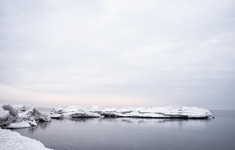 Big lake, big thaw, splash oforange