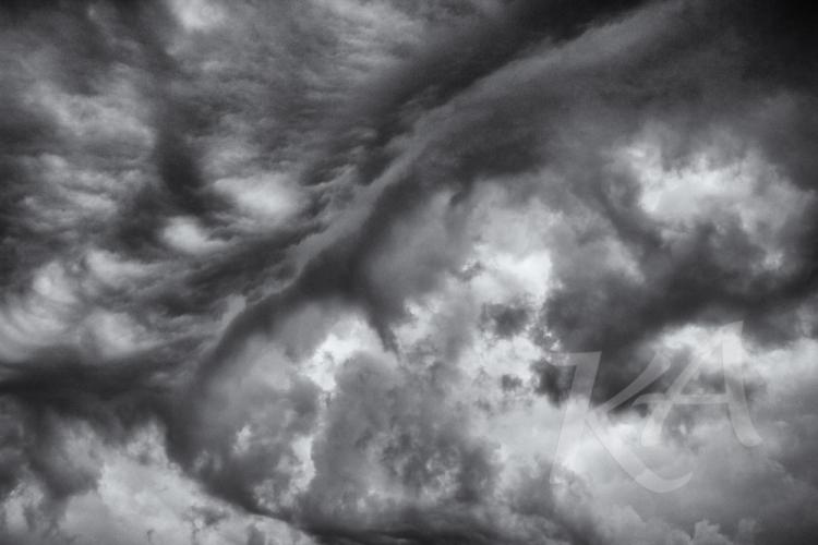 diagonal busy cloud